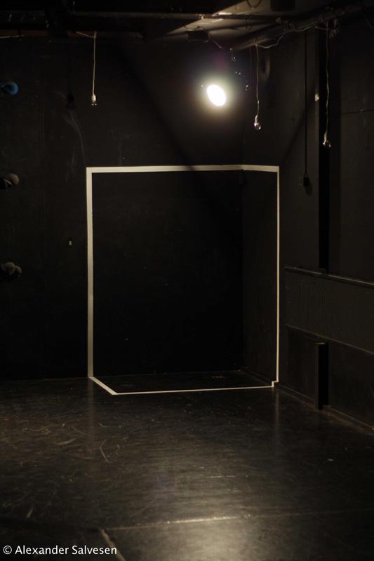 Paratiisi, 2011, Alexander Salvesen, Turku, Ylioppilasteatteri, TYT, Tuukka Jukola, light, designt, theatre